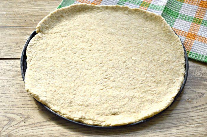 Пиріг з цільнозернового борошна з куркою та рисом