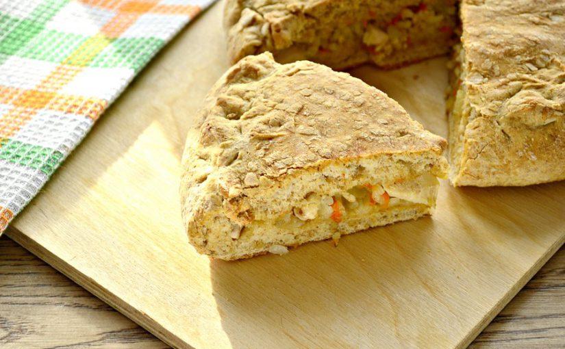 Пиріг з куркою і рисом з цільнозернового борошна
