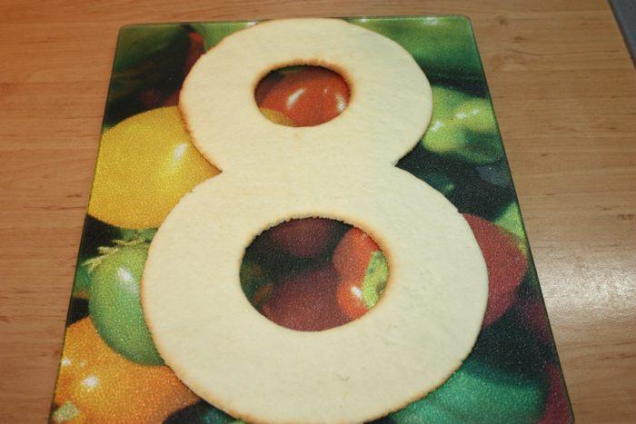 Тонкі пісочні коржі для торта Цифра чи будь-якого іншого відкритого торта