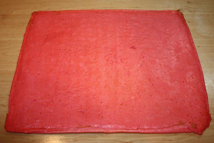 Еластичний японський бісквіт - для прикраси торта чи для рулету