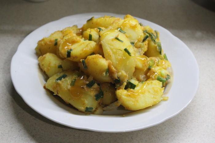 Пісний картопляний папрікаш – смачний картопляний гарнір по-угорськи