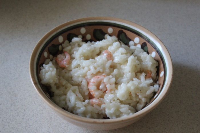 Пікантний рис з креветками по-тайськи – смачна друга страва з рису