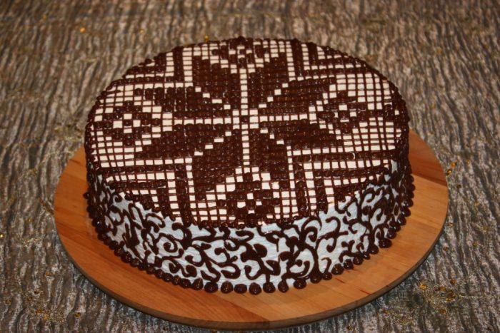 Новорічний торт Сніжинка - красивий, ніжний, пухнастий, сам тане в роті