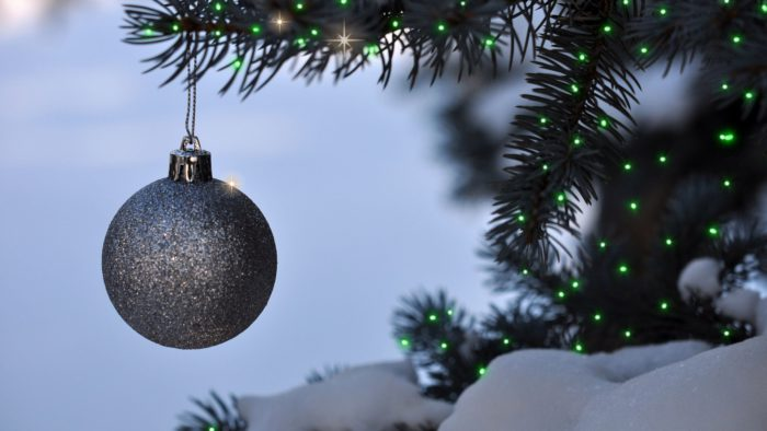 Кращі новорічні шпалери - Ялинки новорічні та Кулі