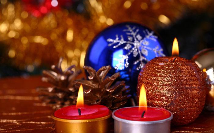 Великі шпалери на робочий стіл - Новорічні Свічки