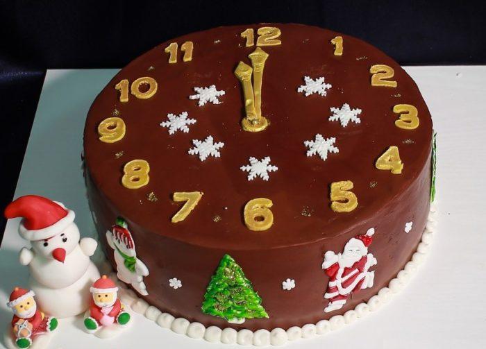 Торт Новорічний годинник - прості рецепти та ідеї оформлення