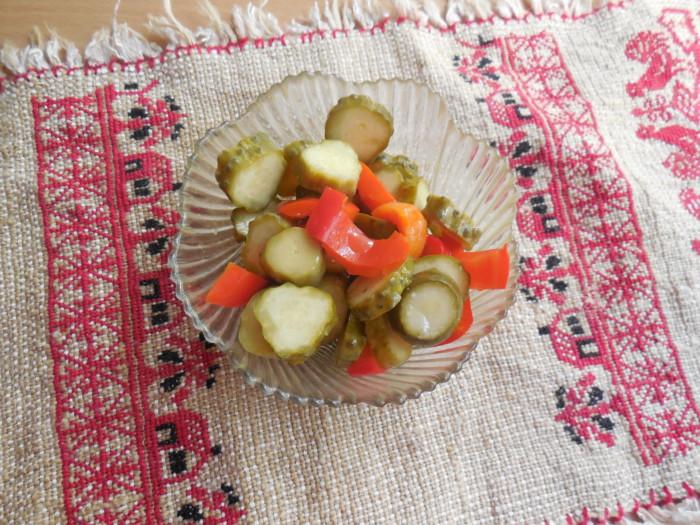 Мариновані огірки з перцем без оцту на зиму