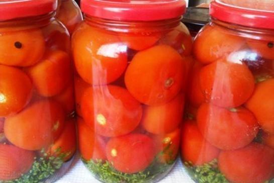 Маринад для помідор на зиму