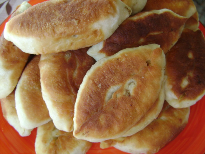Дріжджове тісто для смажених пиріжків на молоці