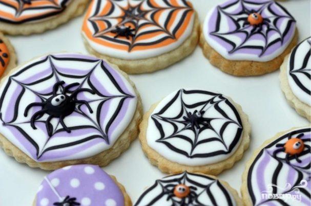 Печиво Павутинка або Лігво павука – смачна страшна випічка на Хелловін