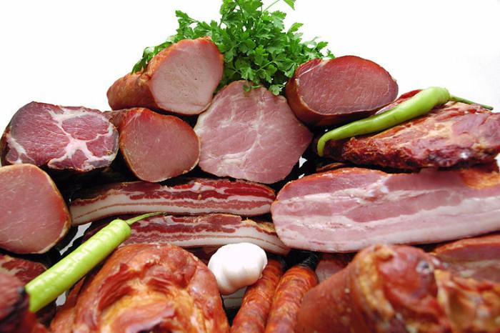 Як зберігати копчене м'ясо
