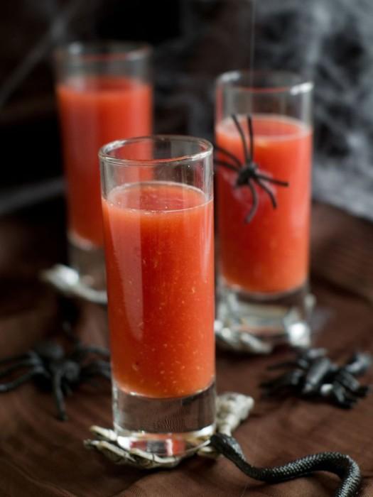 Томатний напій Кров Дракули