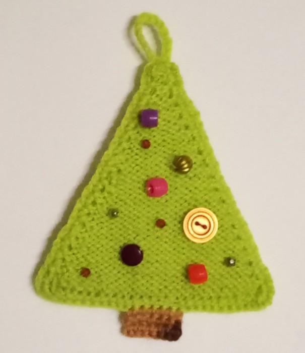 В'язана ялинка гачком і спицями - просте новорічну прикрасу для дому
