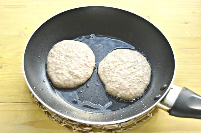 Оладки з висівок на молоці - пишні, смачні і корисні