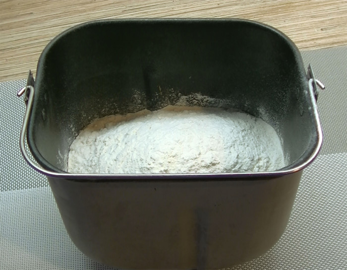 Дієтична лазанья з фаршем і овочами без соусу бешамель