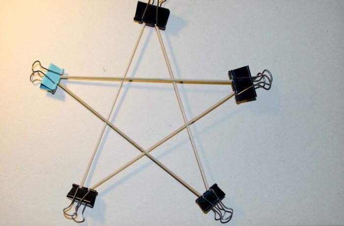 Новорічна іграшка на ялинку своїми руками - Вогняна зірка