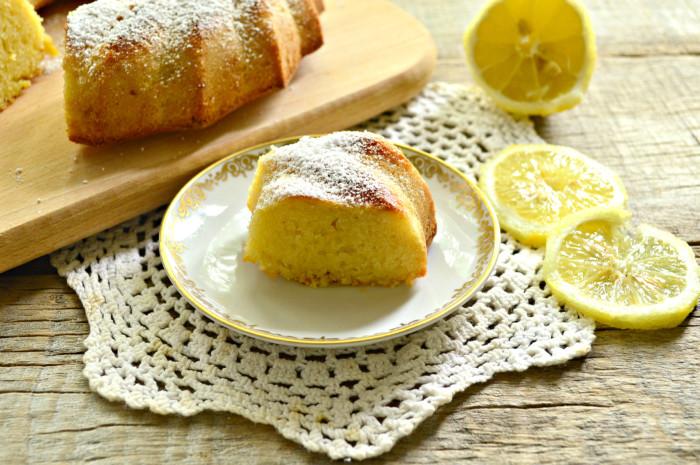 Лимонний маннік на кефірі