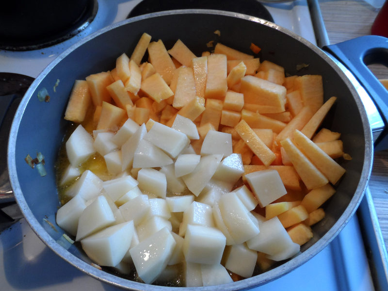 Гарбузово-сочевичний суп-пюре