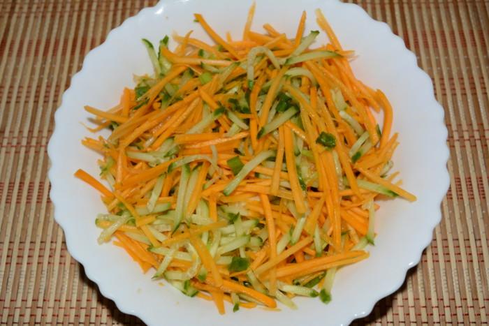 Салат з гарбузом і огірком