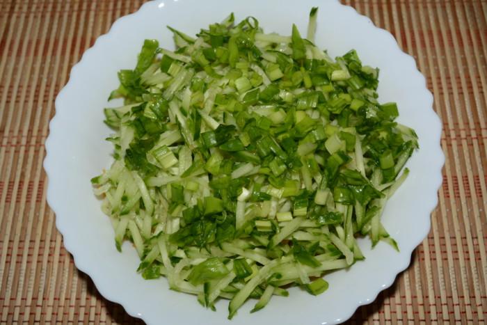 Салат із сирого гарбуза з огірком