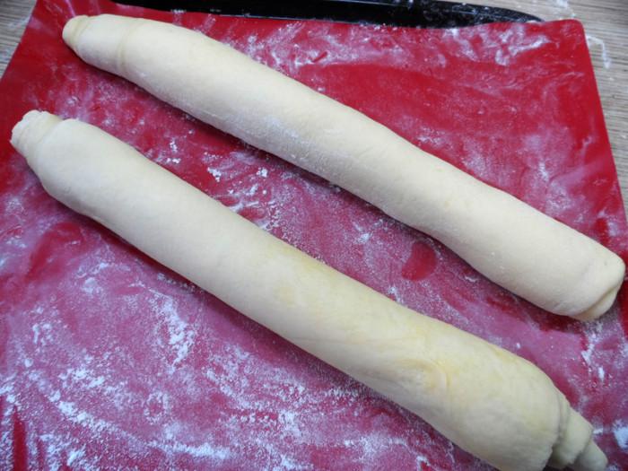Тонкий французький багет в духовці