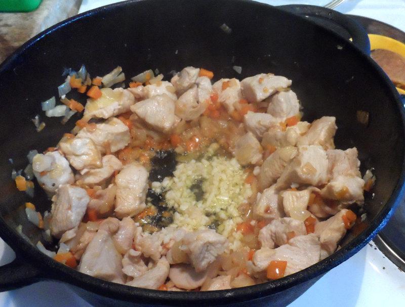 Угорський суп-гуляш з чипетке