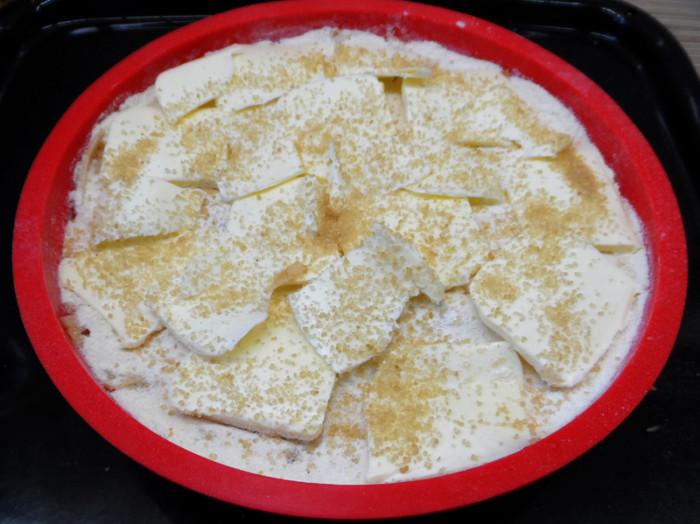 Найпростіший яблучний пиріг з сухого тіста