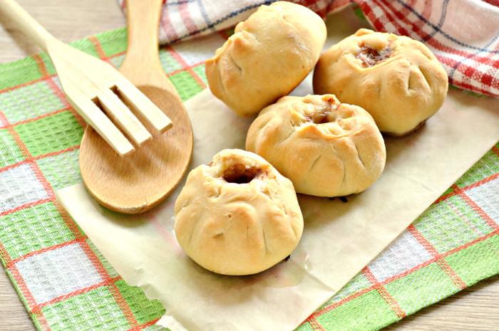 Біляші в духовці з начинкою з фаршу і картоплі – смачні і дієтичні