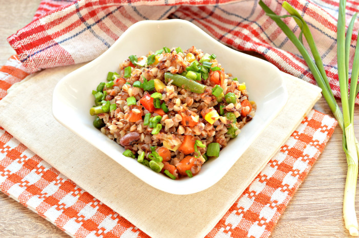 Пісна гречка з овочами – друга страва або гарнір