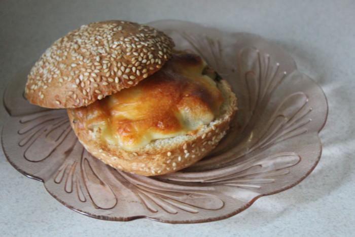 Жульєн в булочках на швидкуруч – швидкий жульен з куркою і грибами